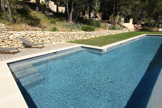 O trouver une belle piscine pour un shooting photo dans for Ou acheter une piscine
