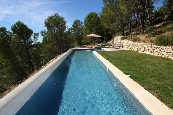 O trouver une belle piscine pour un shooting photo dans for Ou acheter piscine