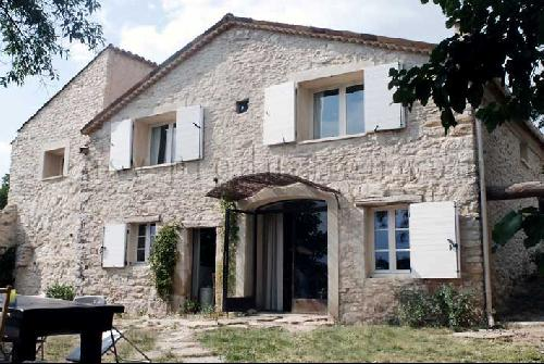 Location de maison moderne pour productions photos paca for Maison contemporaine paca