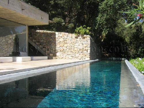 Location de villa contemporaine toulon sud de la france paca rep rages organisation shooting Maison moderne cotedazur