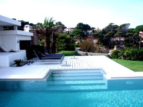 Location de maison contemporaine dans le Var près de Saint-Tropez
