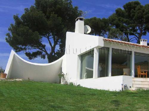 Location de villa moderne pour photos et tournages près de marseille